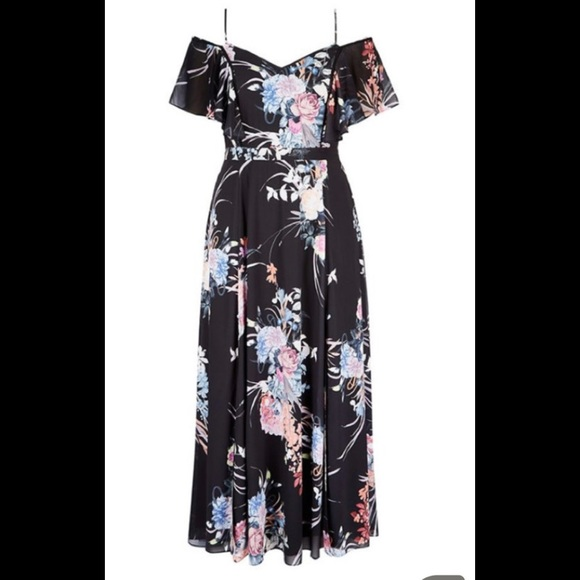 City Chic Dresses & Skirts - NWT City Chic Formal Floral Maxi Dress